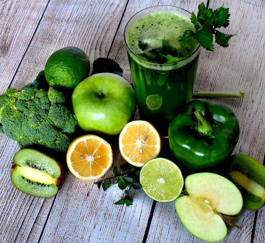 Bodegón de productos ricos en antioxidantes